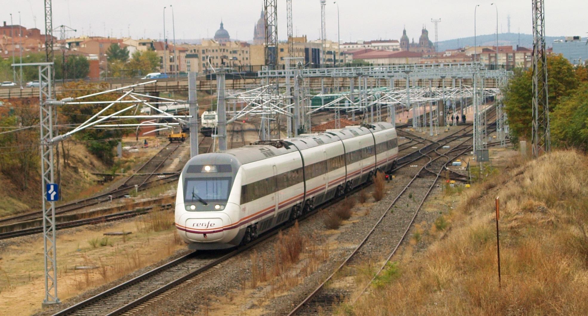 Salamanca estrena conexión de Alta Velocidad con Madrid