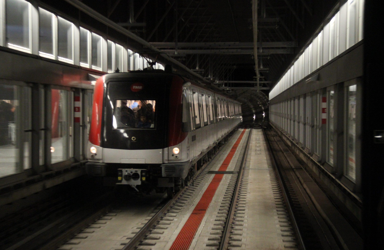 Convocatoria de paros parciales en el Metro de Barcelona