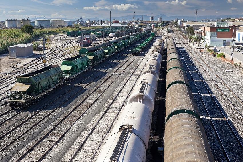 Adif adjudica obras de mejora en la terminal de Tarragona-Mercancías