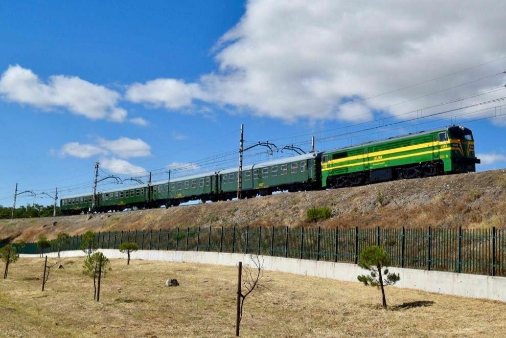 Inaugurado el Tren de Felipe II, el primer tren turístico privado español