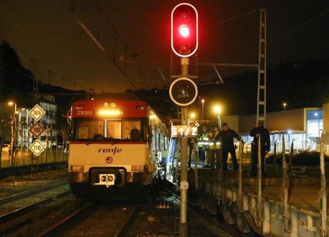 Colisión entre un tren de cercanías y un mercancías en Hernani