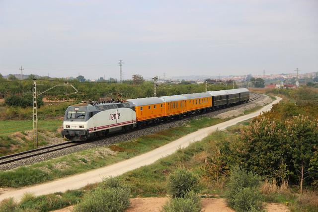 Tren Azul de Casetas a Castejón de Ebro el 30 de octubre