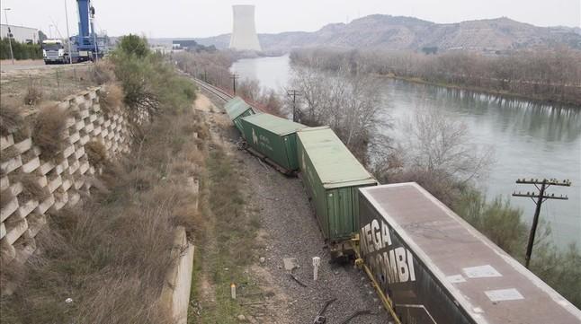 Descarrila de nuevo otro tren de mercancías en Ascó