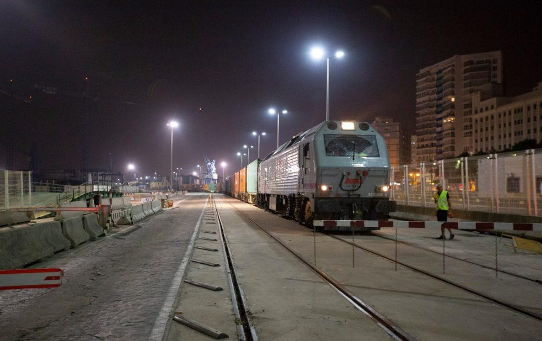 El Puerto de Málaga vuelve a recibir trenes de mercancías